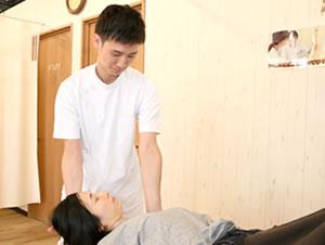 東大阪の整骨院 健康へのおもてなしグループ:頭痛専門治療